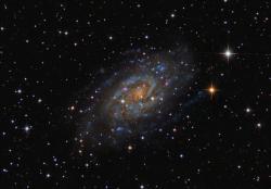 NGC2403 - Галактика в созвездии Жираф